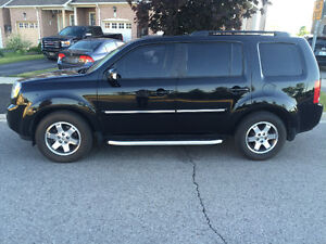2010 Honda Pilot Fully loaded SUV, Crossover
