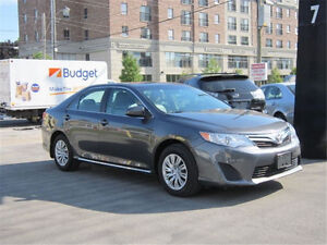 2013 Toyota Camry LE~** LEATHER **~LOW KMs~ONLY 51,000KMs Heated