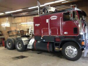 Freightliner C.O.E.