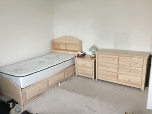 SINGLE BED SET (solid maple wood)