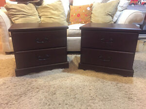 Set of 2 Night Tables