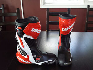 Ducati Ladies Motorcycle Boots, Size 41 - NEW, Never Worn
