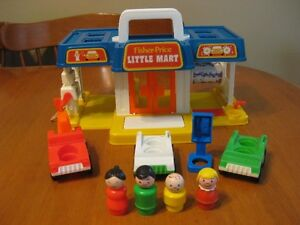 VINTAGE FISHER PRICE LITTLE PEOPLE MINI MART