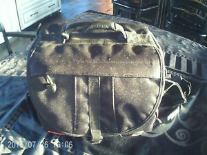 Canon video camera with carying case