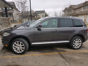 Extremely rare immaculate VW TOUAREG 2 WITH AIR SUSPENSION!