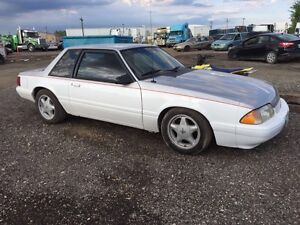 Fox Body Mustang coupe 1993 LOW KM