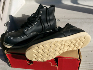 Red Wing Heritage Moc 6' Boot 10.5