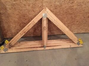 Shed roof trusses