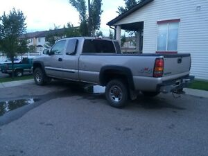 2006 GMC 2500 ext cab long box