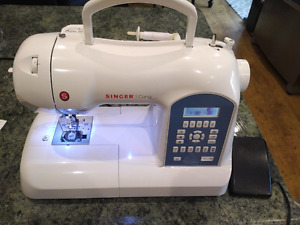 Singer Curvy Sewing Machine -  New out of box