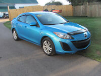 2010 Mazda 3 GS, 4cyl, 5 speed...........***ONLY $6995.00***....