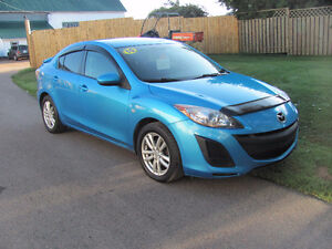 2010 Mazda 3 GS, 4cyl, 5 speed.........***SALE...TAX INCLUDED***