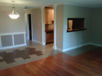 Renovated SW 2 Bedroom in Kelvin Grove Near Chinook Mall.