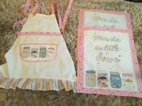 Ditsy pink Apron & 2 tea towels