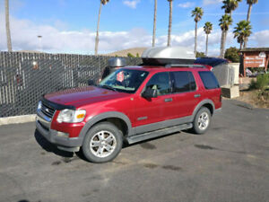 2006 Ford Explorer 4x4 ***Extra: Road-Trip conversion***