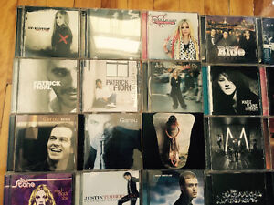Vend Lot de 71 CD d'artistes International