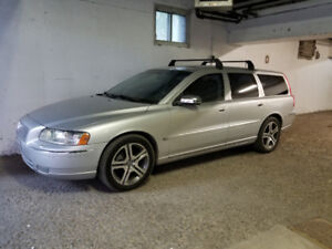 2006 Volvo V70 SE Wagon A1 Mechanics super clean $6300 obo!