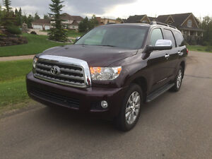 2014 Toyota Sequoia 4WD Limited with Tech Package - ONE OWNER