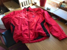 Rainproof Cycling Jacket. Movement. Size 40R. Zippered removable sleeves.