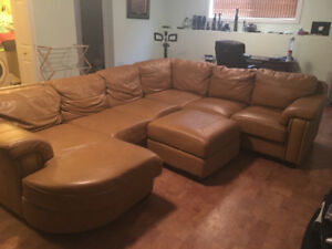 Leather sectional paid 5500$