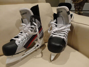 LIKE NEW Bauer Vapor X30 Size 10.5 Hockey Skates -Used 3 times Kitchener / Waterloo Kitchener Area image 6