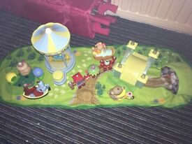 In the night garden play set