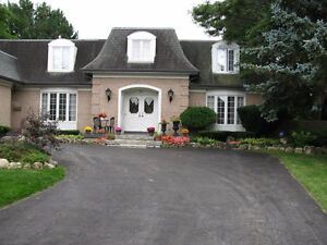 Large home in Beechwood area, no back neighbours, pool.