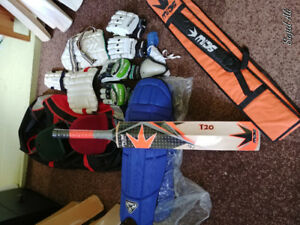 Cricket bat for sale complete kit new nd used equipments