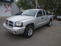 2007 Dodge Dakota ST Pickup Truck