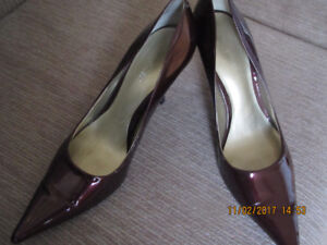 Nine West Patent Leather Pumps - Size 7 1/2 - Like NEW