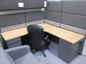 Mobilier de bureau , cloison , système panneau séparateur ,usagé