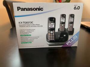 Panasonic Digital Cordless Phone *LNIB*  3 Handsets