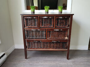 Wood and wicker dresser/drawers