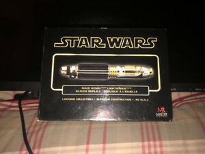 Star Wars Mace Windu Scaled Replica Lightsaber Master 2005