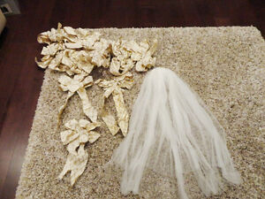 14 Gold Large Bows & One White headress - All for $2.00