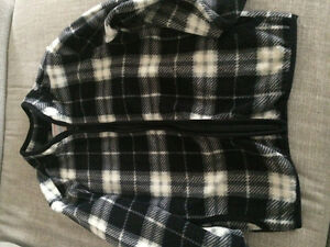 Boys Fleece jacket New 4T Joe Fresh London Ontario image 2