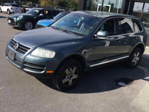 2004 Volkswagen Touareg V6 4WD with 1 year powertrain warranty