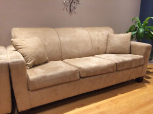 Good condition sofa set for sale