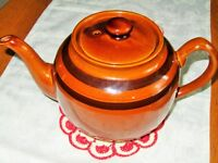 Sadler  ~~ BROWN BETTY TEAPOT ~~ Staffordshire England ~~ 8 cup