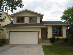 Spacious 2 Storey Home for rent in Mckenzie Lake