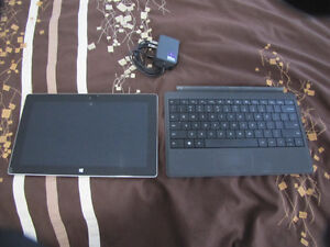 32gb Surface Tablet +illuminated type cover +64gb Memory card