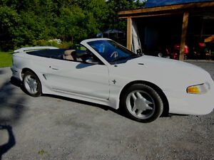 Ford Mustang 1996 convertible blanche West Island Greater Montréal image 3