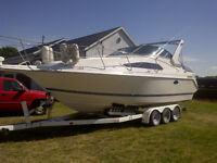 1992 one owner Thundercraft 280 Express with TriaxleTrailer