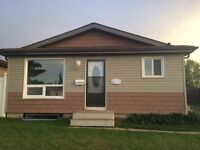 3-bedroom house in Millwoods available immediately!