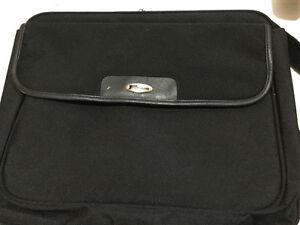 Targus Laptop Bag Cambridge Kitchener Area image 1