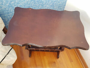 Moving, must sell - Small wooden end table with magazine rack