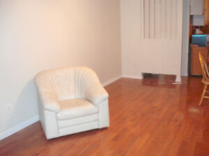 Charming Private semi detached  I bed apartment