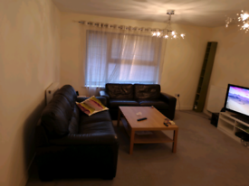 A Double room available in 2 bed flat