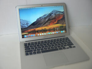 MACBOOK AIR 8gbRam Core i5 128 SSD drive solid battery osx 10