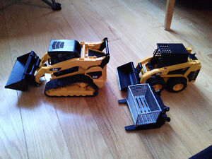 Bruder caterpillar skid steer loaders with attachments
